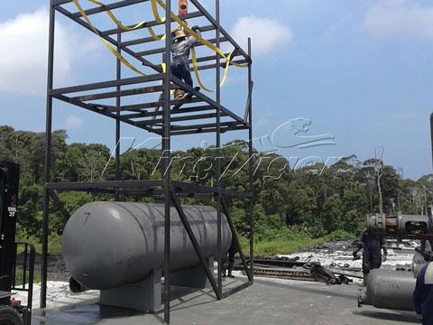 plastic waste pyrolysis machine